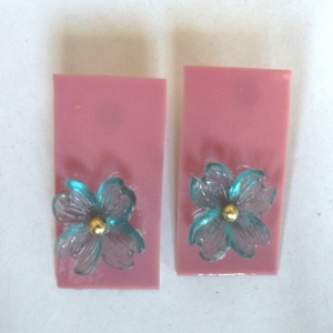 Earrings Glass Pink with Blue flowers & Pearl