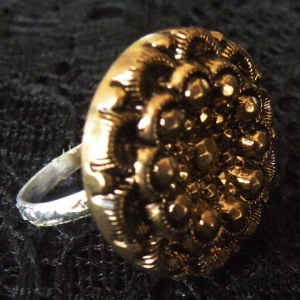 Ring Gold Button Only