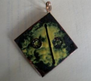 Enamel Copper Diamond with Yellow 2 brads